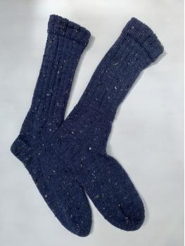 Blue Skies 75% Merino Wool, 25% Nylon, Cuff Length Sock